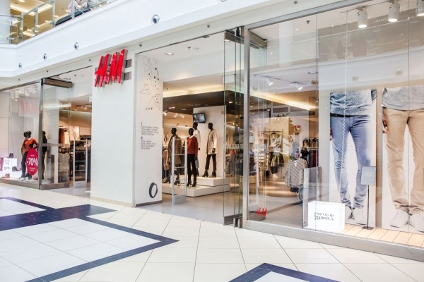 H&M. 35M likes. Fashion and quality at the best price in a sustainable way.